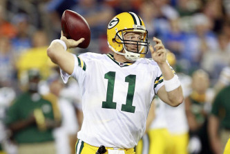 Green Bay Packers v Tennessee Titans