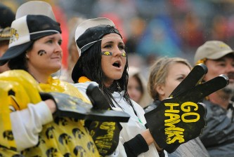 Outback Bowl - Iowa v LSU