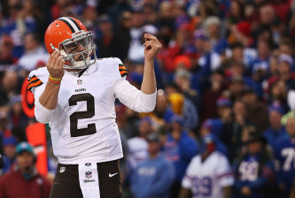 Cleveland Browns v Buffalo Bills