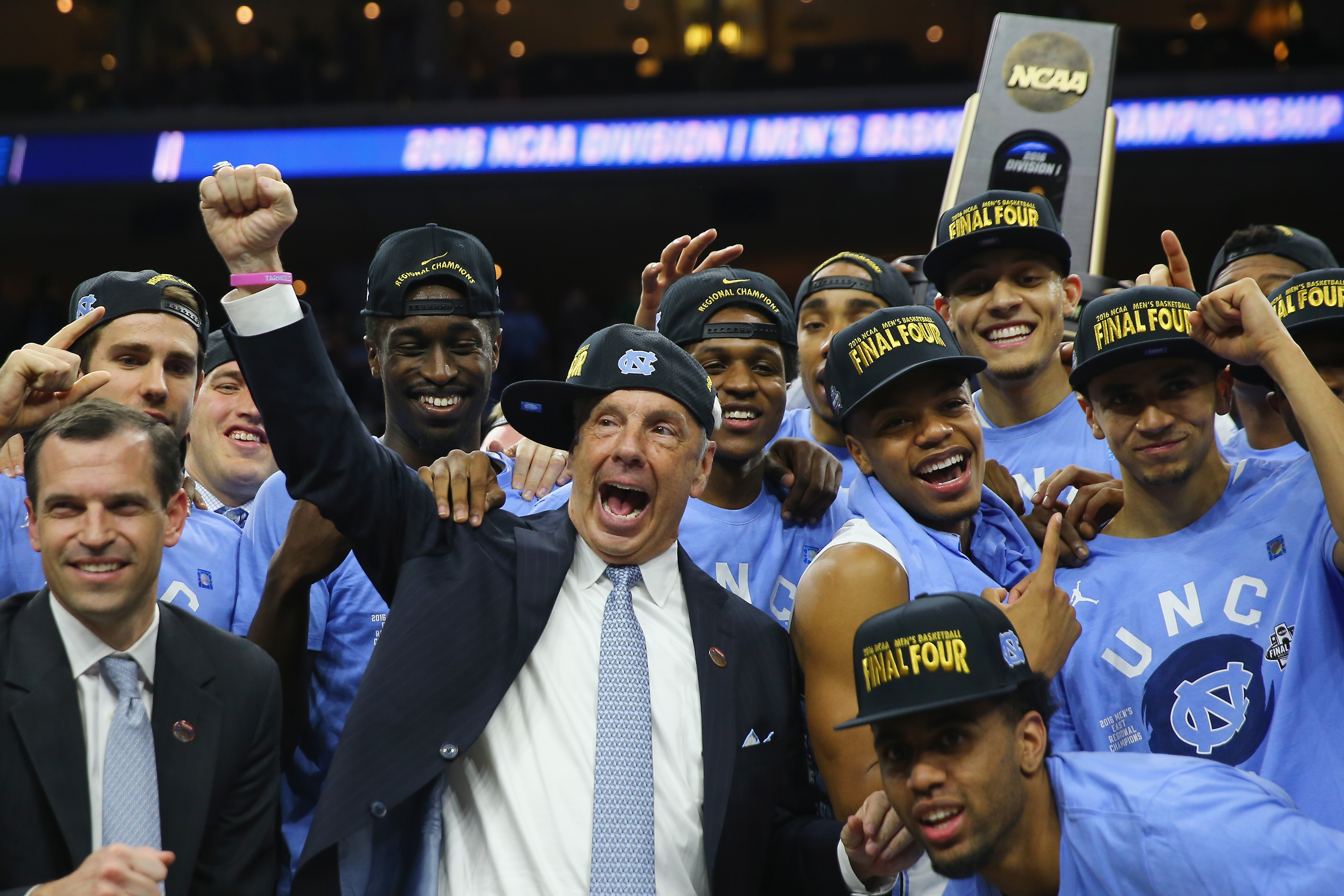 0e9562bf8bd What if college basketball determined its champion as college football does?