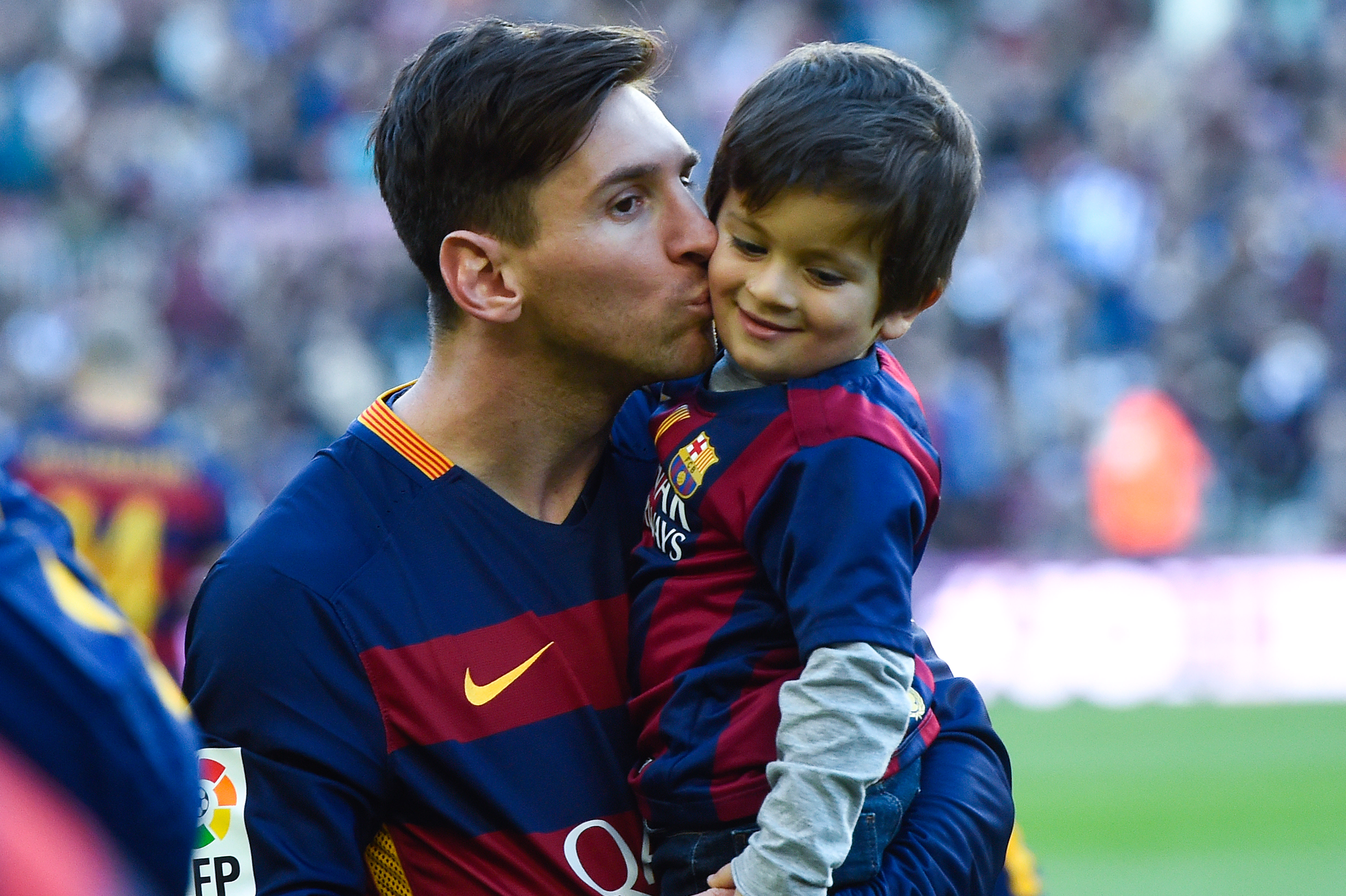 timeless design b8a27 680fd Lionel Messi's 4-year-old son set to join Barcelona school ...