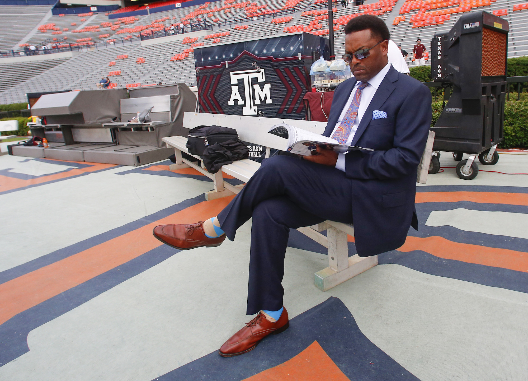 texas a m s 3 0 start has kevin sumlin off the hot seat for now rh thecomeback com