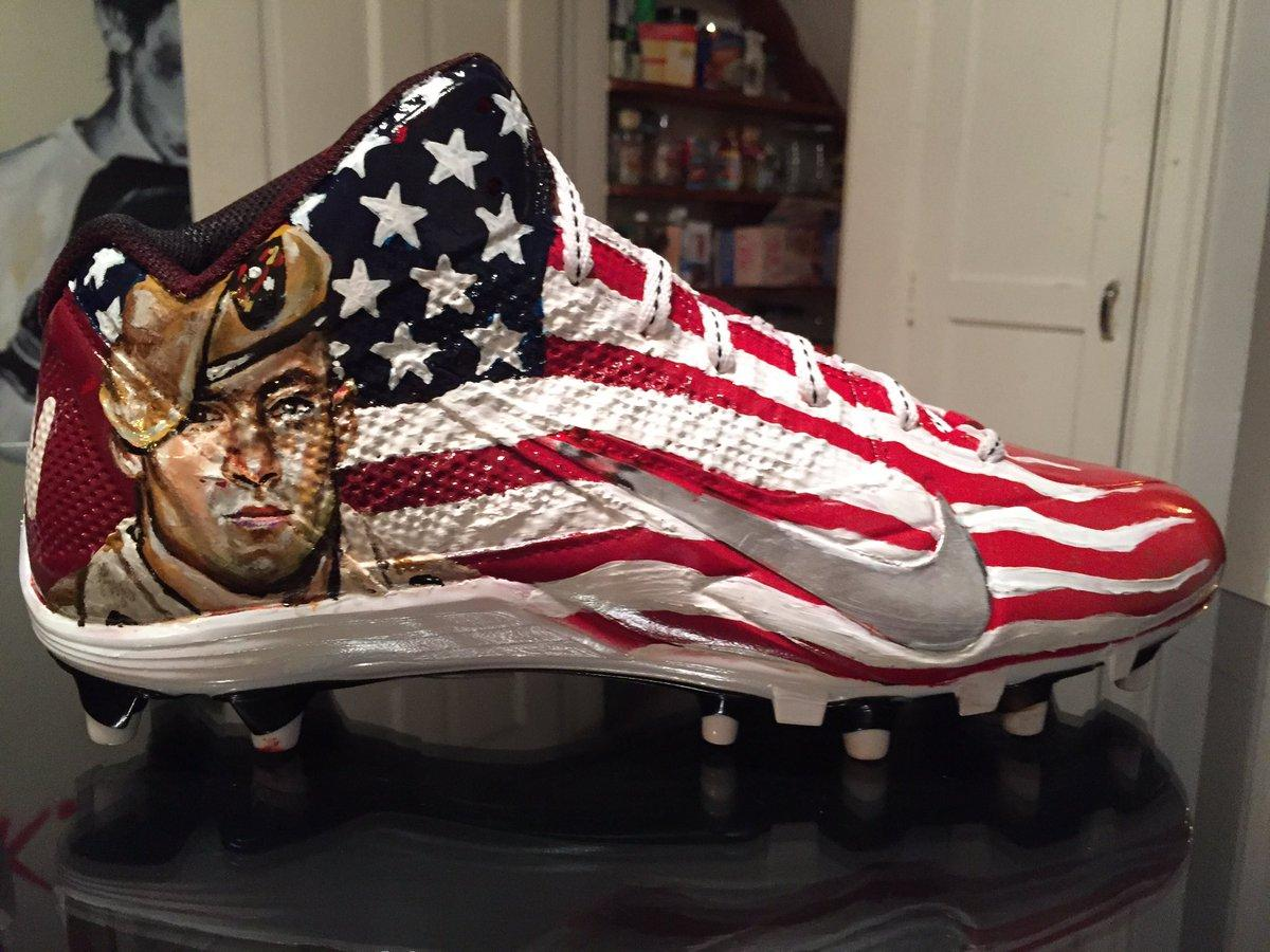 quality design 707cd 34b59 NFL players bust out custom cleats for salute to veterans