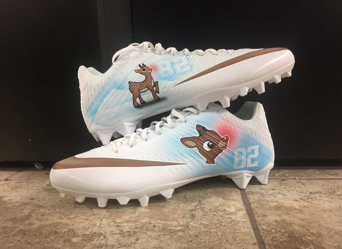 808c3f40c3e NFL players are going all-out with their Christmas cleats