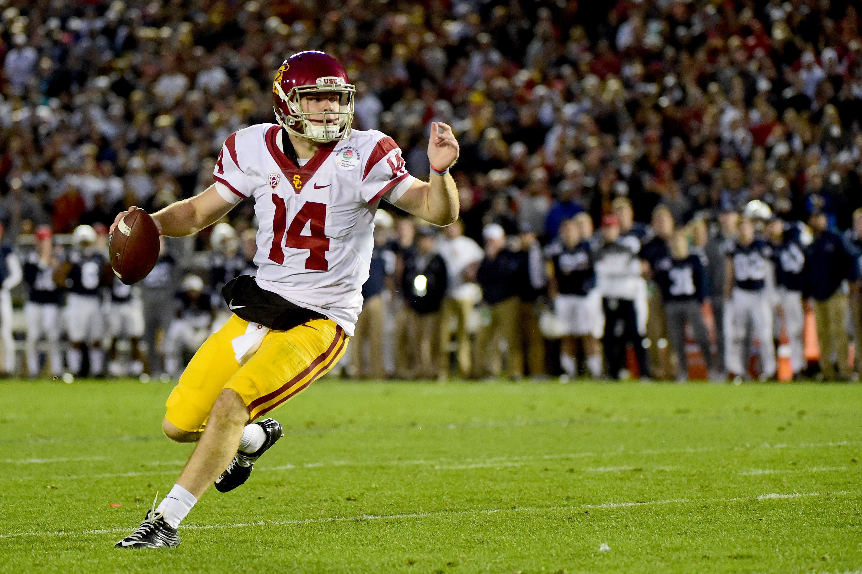 buy popular 62eab bb103 Pac-12 Position Previews: Sam Darnold and Jake Browning lead ...