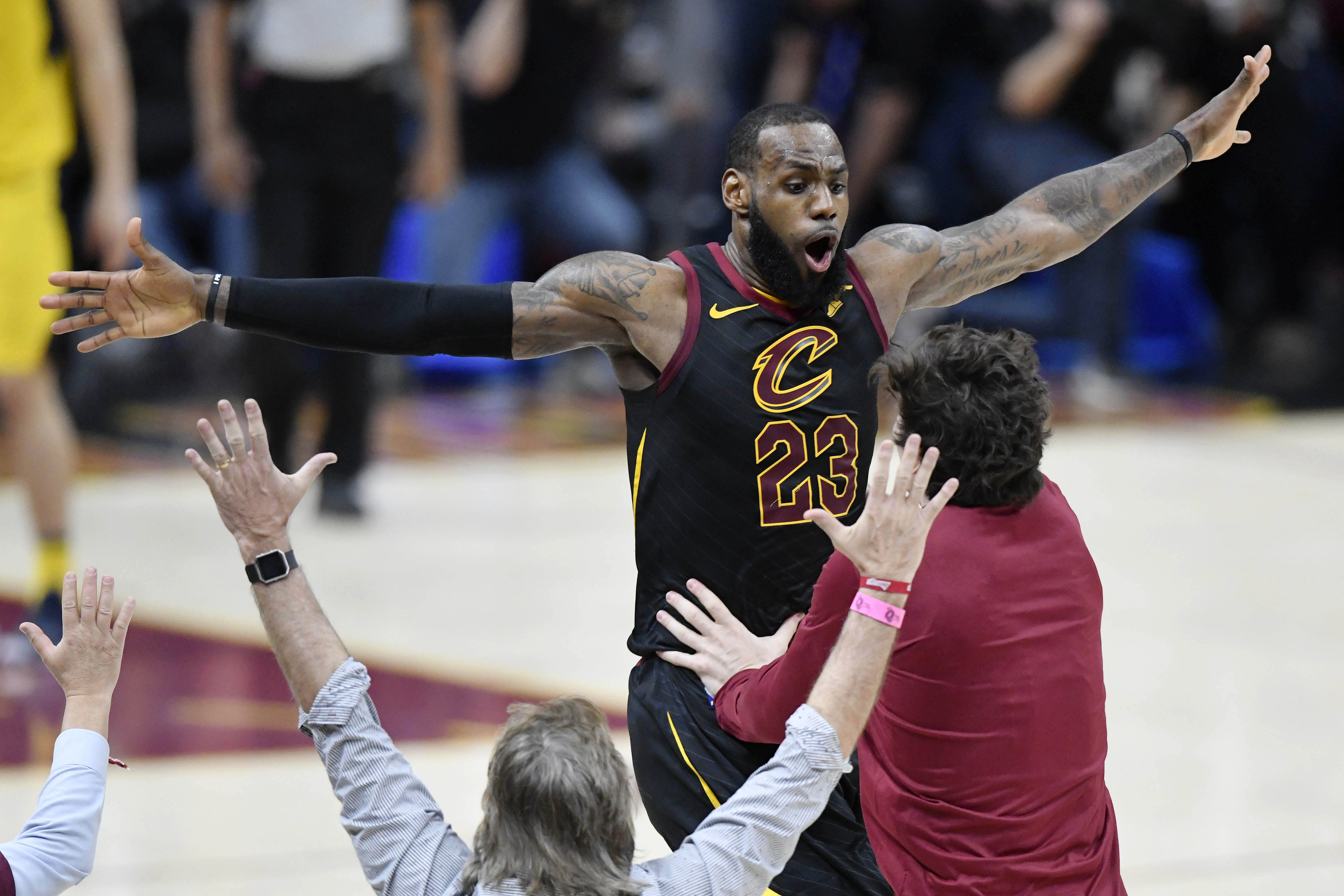 a13574d9333b LeBron James is putting the Cavaliers on his back like it s 2007 all over  again