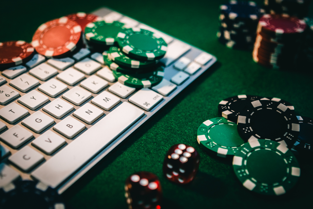 A Guide to Playing Online Poker As A Beginner