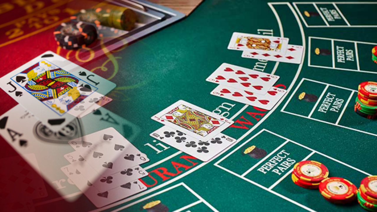Simple strategy tips that will dramatically improve your win rate at the  blackjack table